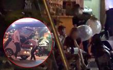 Clip: Sau vụ 7 người tử vong trong lễ hội âm nhạc ở CV nước Hồ Tây, bóng cười vẫn được bán tràn lan trên vỉa hè Hà Nội