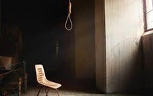 Cà Mau: Làm rõ nguyên nhân tử vong của người phụ nữ trong tư thế treo cổ