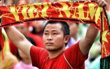 """Sau sự cố ở Lào, fan Việt Nam về nước lại """"điên đầu"""" vì sự cố vé xem trận gặp Malaysia"""