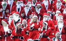 Hàng ngàn ông già Noel thi chạy ở Tây Ban Nha