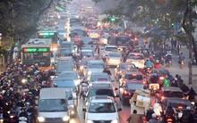 Hà Nội: Tắc nghẽn kinh hoàng làm tê liệt nhiều tuyến đường ngày cận Tết