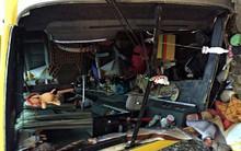 Chùm ảnh: Hiện trường vụ lật xe kinh hoàng ngày giáp Tết khiến 2 người chết, 11 người bị thương ở Đà Nẵng