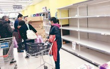 Đài Loan đang đối mặt khủng hoảng giấy vệ sinh, người dân đổ xô đi mua vì lo cháy hàng