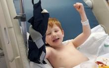 Bàn tay cậu bé 4 tuổi bị tổn thương nặng nề vì mắc kẹt vào thang cuốn - thêm một lời cảnh báo tới các cha mẹ