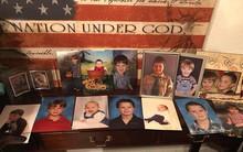 Nỗi đau quặn lòng của người mẹ có con trai 12 tuổi tự tử sau khi bị bạn bè bắt nạt vì là người song tính