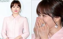 """Diện bộ trang sức đắt gấp 10 lần so với nhẫn cưới, Song Hye Kyo quả là """"chơi lớn"""" cho sự kiện lần này"""