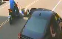 Mẹ bị thương nặng, con gái 5 tuổi tử vong vì hành động bất cẩn của tài xế