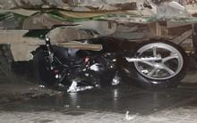 Hiện trường vụ xe ben mất lái gây tai nạn kinh hoàng ở Sài Gòn: Nhiều nạn nhân cùng mảnh vỡ xe máy nằm la liệt trên đường