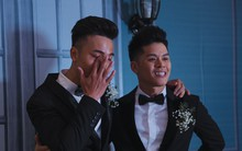 Nước mắt đã rơi trong đám cưới John Huy Trần và bạn trai, nhưng mở ra những ngày tháng hạnh phúc sau 9 năm yêu bền bỉ