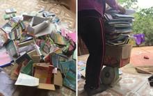 Có những người dành cả thanh xuân để mua và giữ sách, một tờ giấy nháp cấp 3 cũng không nỡ vứt đi