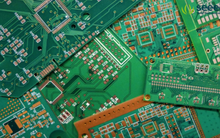 """Bật mí lý do các bảng bo mạch điện tử thường có màu xanh lá mà dân """"mọt vi tính"""" có khi cũng không biết"""