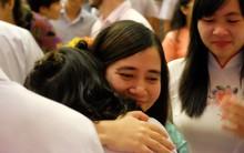 Xúc động bức thư gửi lớp 12 của cô giáo dạy Văn: Các con chỉ là những người bình thường, không phải vĩ nhân thay đổi thế giới