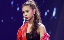 Bạn gái hot girl của cầu thủ Quang Hải bất ngờ xuất hiện thi hát