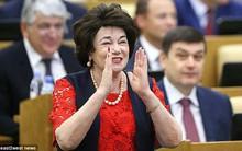 Chính khách Nga khuyên chị em phụ nữ không nên hẹn hò với cổ động viên nước ngoài để tránh trở thành mẹ đơn thân sau World Cup
