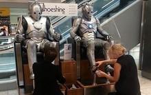 Những bức ảnh siêu kỳ lạ được chụp tại sân bay, đã nhiều năm nhưng Internet vẫn chưa hết hoang mang