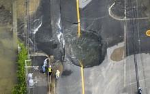 Những hình ảnh kinh hoàng trong vụ động đất khiến 3 người chết và hơn 200 người bị thương ở Osaka, Nhật Bản