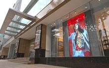 Hugo mở cửa hàng tại Hà Nội, tung loạt hình ảnh bắt mắt trong BST mới
