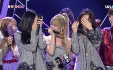 Ngày này năm ngoái, T-ara ướt nước mắt trên sân khấu chiến thắng đầu tiên sau 5 năm bị tẩy chay