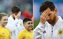 Bức ảnh Messi ôm mặt từ trước trận thua thảm Croatia gây sốt