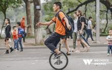 """Phía sau hành trình kỳ diệu của một cậu bé tự kỷ trở thành Kỷ lục gia xiếc Việt Nam: """"Bây giờ mọi người nói thế nào, không quan trọng nữa!"""""""