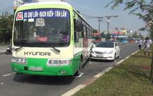 TP.HCM: Va chạm liên hoàn, hành khách kêu cứu thất thanh trong xe buýt