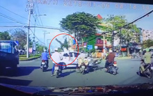 Clip thanh niên vượt đèn đỏ lao thẳng vào đầu ô tô rồi bị bắn văng lên trời khiến nhiều người kinh hãi