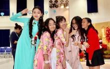 Con gái MC Quyền Linh lần đầu catwalk với áo dài, càng nhìn càng thấy thần thái của Hoa hậu tương lai