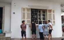 Hà Nội: Khu phố hoảng loạn vì đám cháy bất ngờ, nghi do chập điện trong ngôi nhà không có người ở