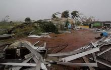 Ảnh: Sức tàn phá khủng khiếp của siêu bão mạnh nhất 20 năm tại Ấn Độ