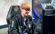 """Nhìn thư sinh vậy thôi nhưng chàng game thủ Hàn Quốc này vừa bị phạt cực nặng vì tội dọa """"tẩn"""" fan nữ"""