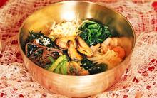 Cơm trộn hải sản: món ngon không thể bỏ lỡ cho bạn mê đồ Hàn