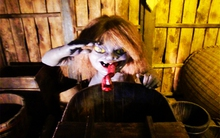 Đi tìm quái vật nhà tắm buổi đêm ở Nhật Bản