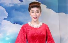 Giám khảo Khánh Thi diện đầm đỏ, lạ lẫm với kiểu tóc mới