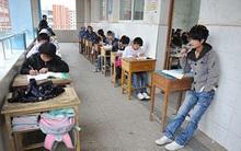 """Trung Quốc: học sinh """"hư"""" không được làm bài kiểm tra trong lớp"""