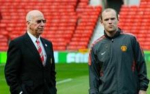 Huyền thoại MU thách thức Rooney