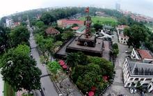 Bên trong cột cờ biểu tượng hùng thiêng của thủ đô