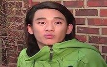 """Nhìn lại thời """"ngô nghê"""" của Kim Soo Hyun trên màn ảnh"""