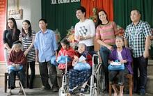 Dàn sao Việt lặn lội lên miền tây Nghệ An làm từ thiện
