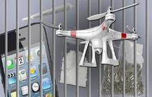 Chuyện khó tin: Tù nhân đặt ma túy qua điện thoại và nhận hàng ngay cửa sổ buồng giam