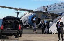 Cabin bốc khói nghi ngút, máy bay chở Đệ nhất phu nhân Mỹ phải hạ cánh khẩn