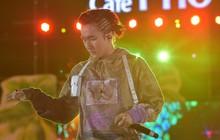 Sơn Tùng M-TP khiến fan phát cuồng trước mái tóc tết siêu chất tại sự kiện