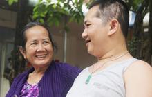 Nụ cười hạnh phúc của mẹ: 33 tuổi, đứa con trai đã biết nói, biết đi sau khi được ông trời trả lại
