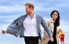 Đã có vợ và còn sắp lên chức bố nhưng Hoàng tử Harry vẫn có nhiều fan cuồng nhiệt, bằng chứng là đây chứ đâu