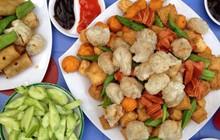 """Chỉ từ những viên chả ăn chơi bình dân mà người Sài Gòn có thể """"hô biến"""" thành nhiều món ngon như thế"""