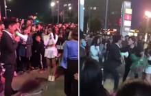 """Màn cầu hôn """"oái oăm"""" nhất năm: Hai chàng trai cùng bày tỏ với một cô gái không thành nên lao vào đánh nhau"""
