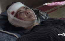 """Quỳnh Búp Bê tập 19 quá """"thốn"""": Sau khi bị cưỡng hiếp, Lan bị xe tông liệt giường!"""