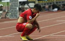 """Quá buồn bã, U19 Việt Nam """"giam mình"""" trong khách sạn vào buổi sáng đầu tiên sau khi bị loại khỏi giải U19 châu Á"""