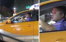 Nam tài xế taxi vừa đắp mặt nạ vừa lái xe, tiết lộ từng chi đến 100 triệu mua đồ dưỡng da