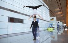 Anh em Quốc Cơ - Quốc Nghiệp tập luyện ngay tại sân bay, đã có mặt tại Ý để xác lập kỉ lục Guinness