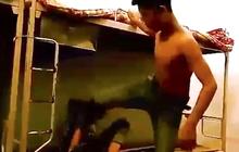 Hà Tĩnh: Học sinh lớp 9 bị 2 người lạ lao vào đánh tới tấp tại hành lang
